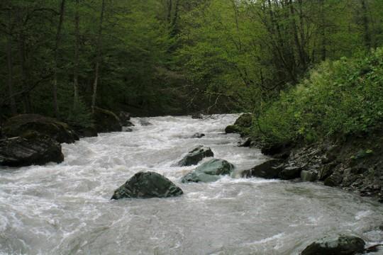 река Мзымта в верхнем течении