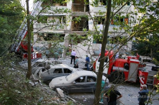 Сочи - взрыв жилого дома