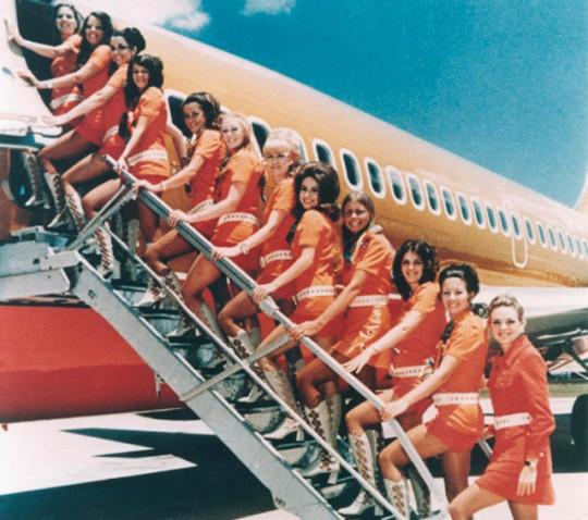 Первый самолет из Ирана сел в Сочи