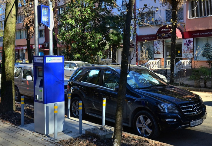 Оплата парковок через СМС доступна в Сочи